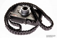 Camera strap made of leather in slim design by Rock n Roll Camera Straps | Gr.L