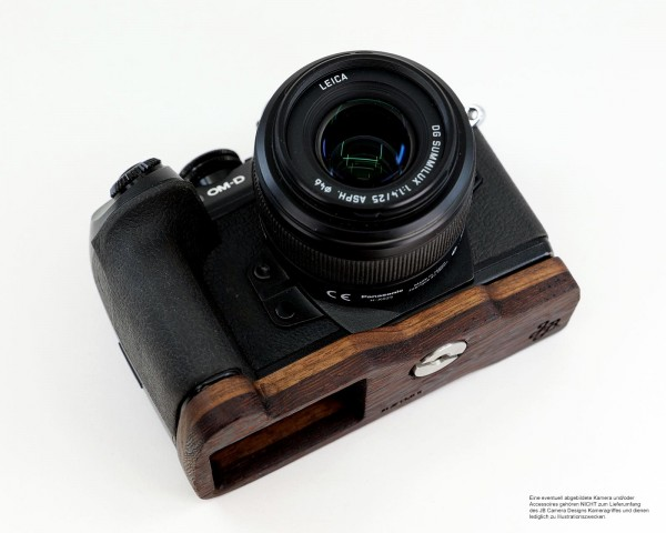 Camera grip for Olympus E-M1 Mark II by JB Camera Designs USA made of wood | brown